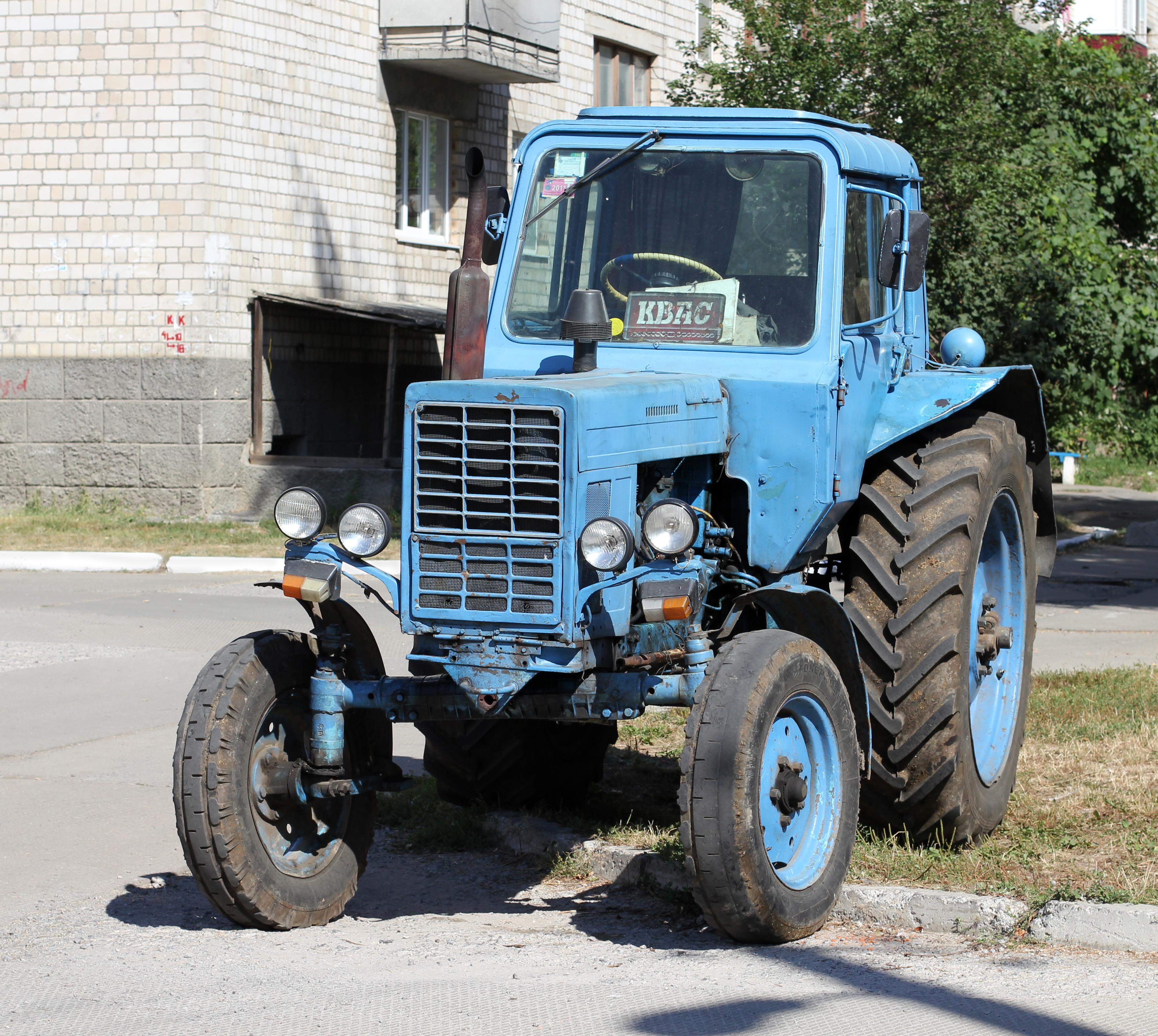 Трактор МТЗ 82 Технические характеристики погрузчика.