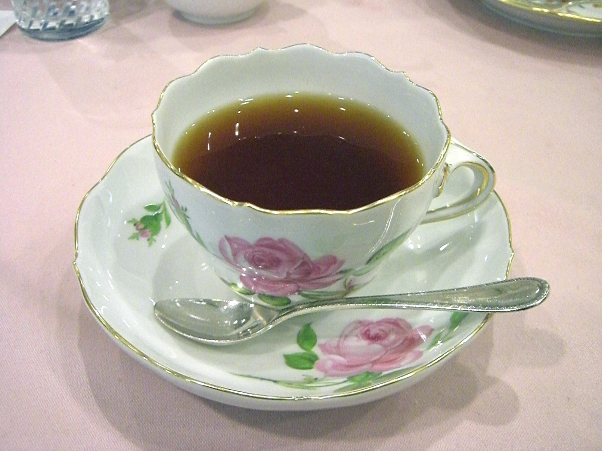 http://dic.academic.ru/pictures/wiki/files/77/Meissen-teacup_pinkrose01.jpg