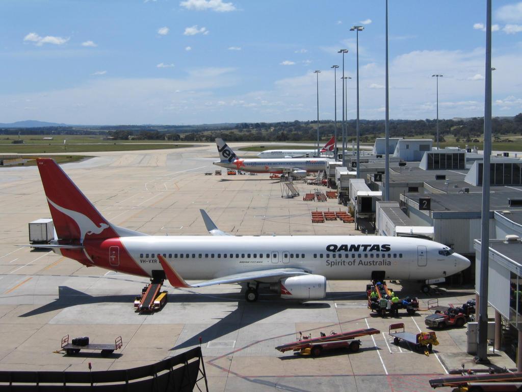 Картинки по запросу фото аэропорт Мельбурна