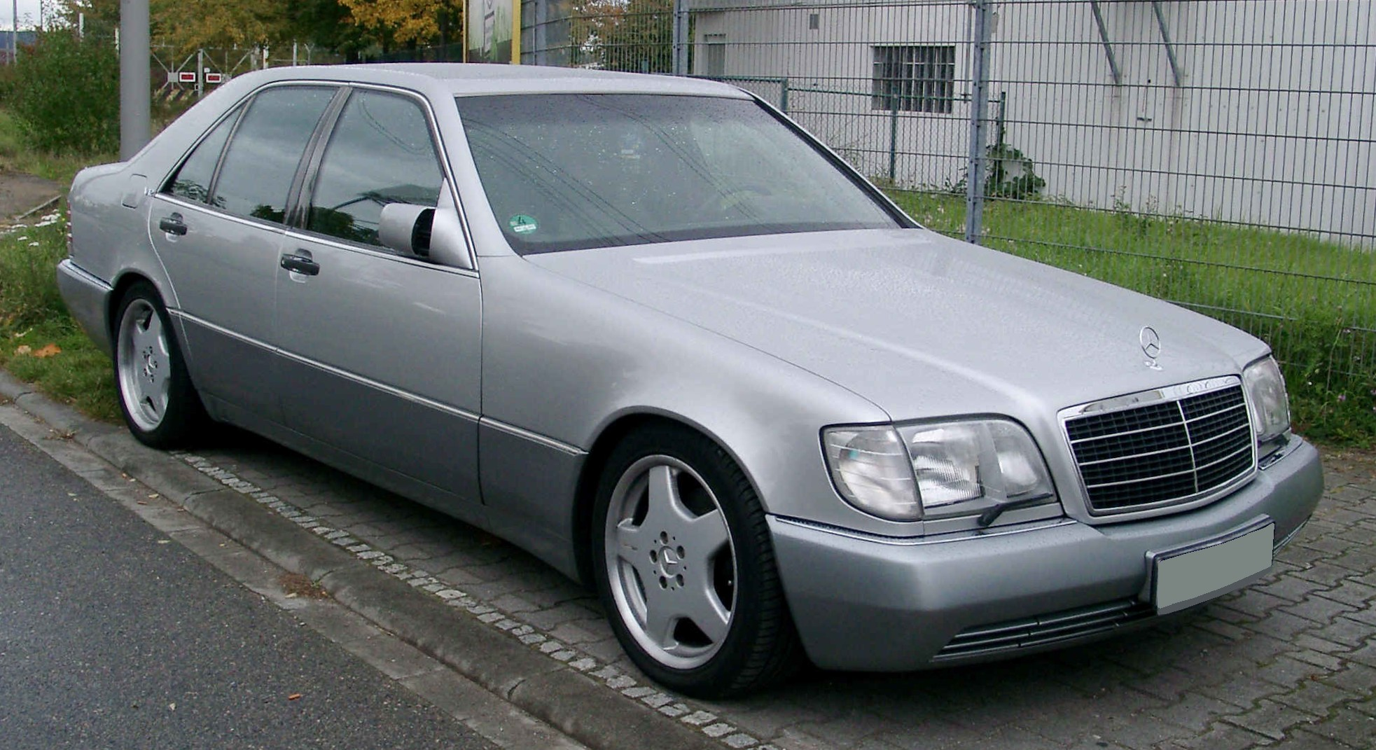 Mercedes benz w140 mercedes benz w140 for Mercedes benz in brooklyn