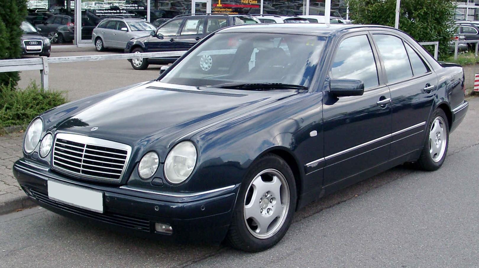 Mercedes Benz W210 это Что такое Mercedes Benz W210