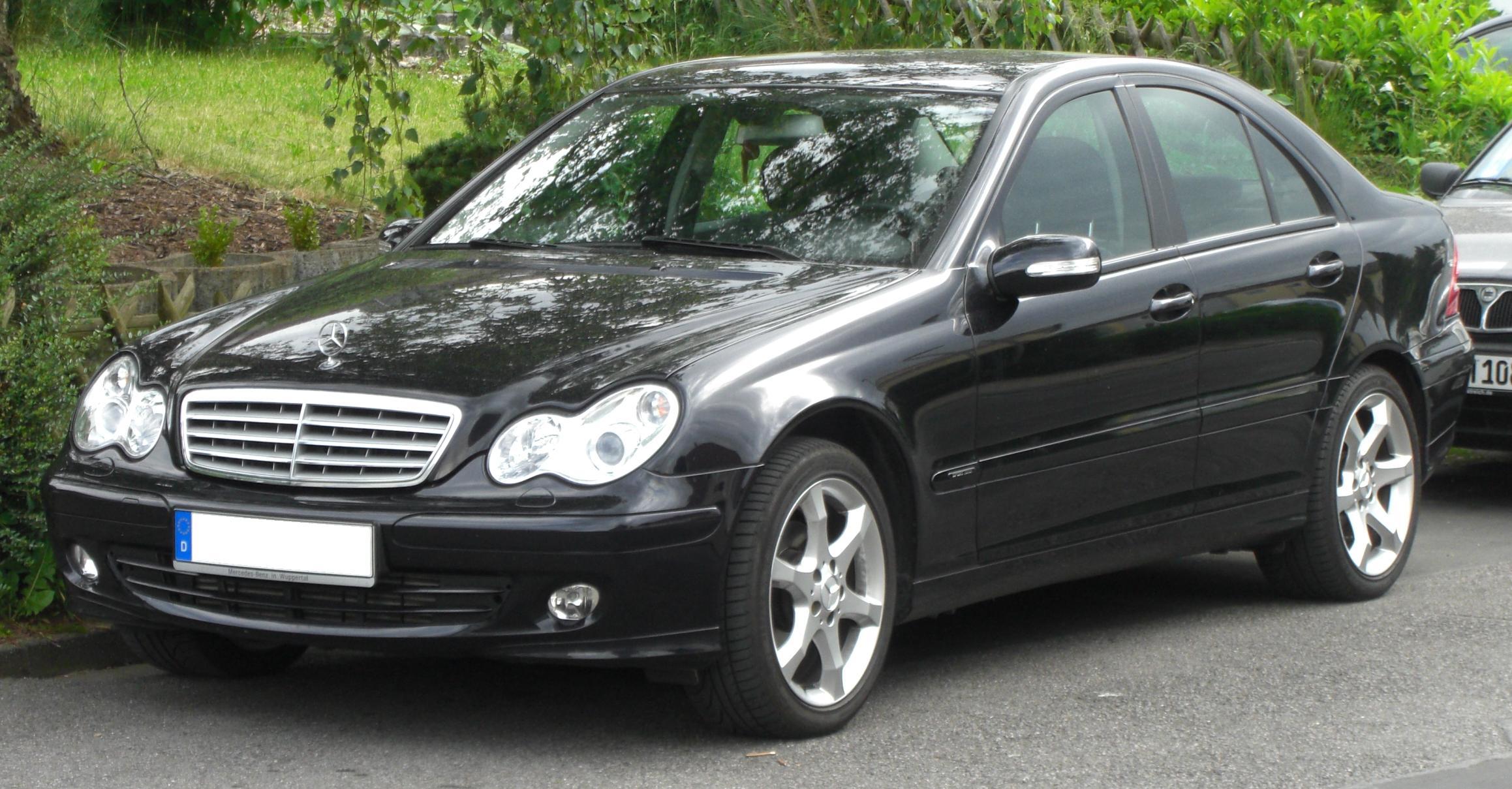 Mercedes_C-Klasse_(W203)_Sport_Edition_front.jpg