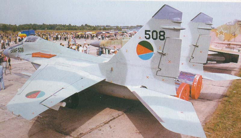 https://dic.academic.ru/pictures/wiki/files/77/Mig29a20fulcruma.jpg