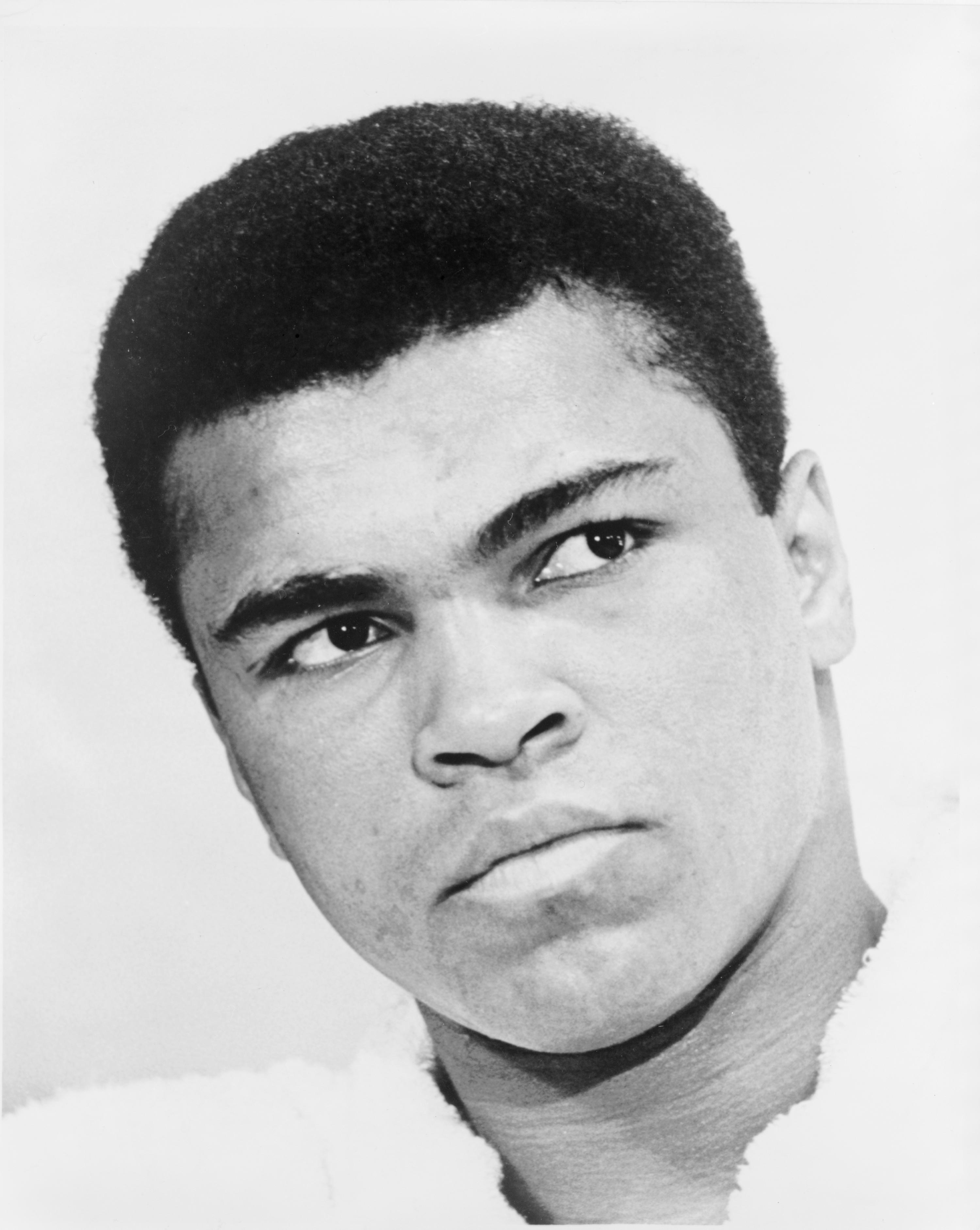 cassius clay muhammad ali At 50, muhammad ali is a much-admired figure, just as he was in his formative years as a fun-loving but purposeful youth in louisville.