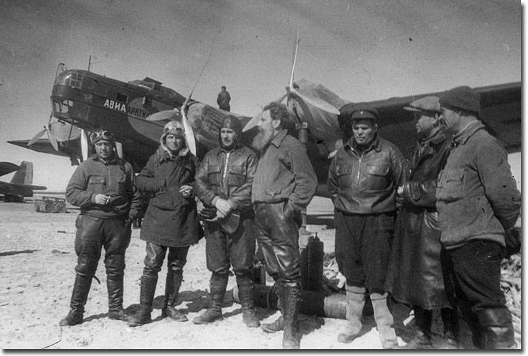 Полярники вспоминают первую в мире дрейфующую научную станцию «Северный полюс-1» - фото 1