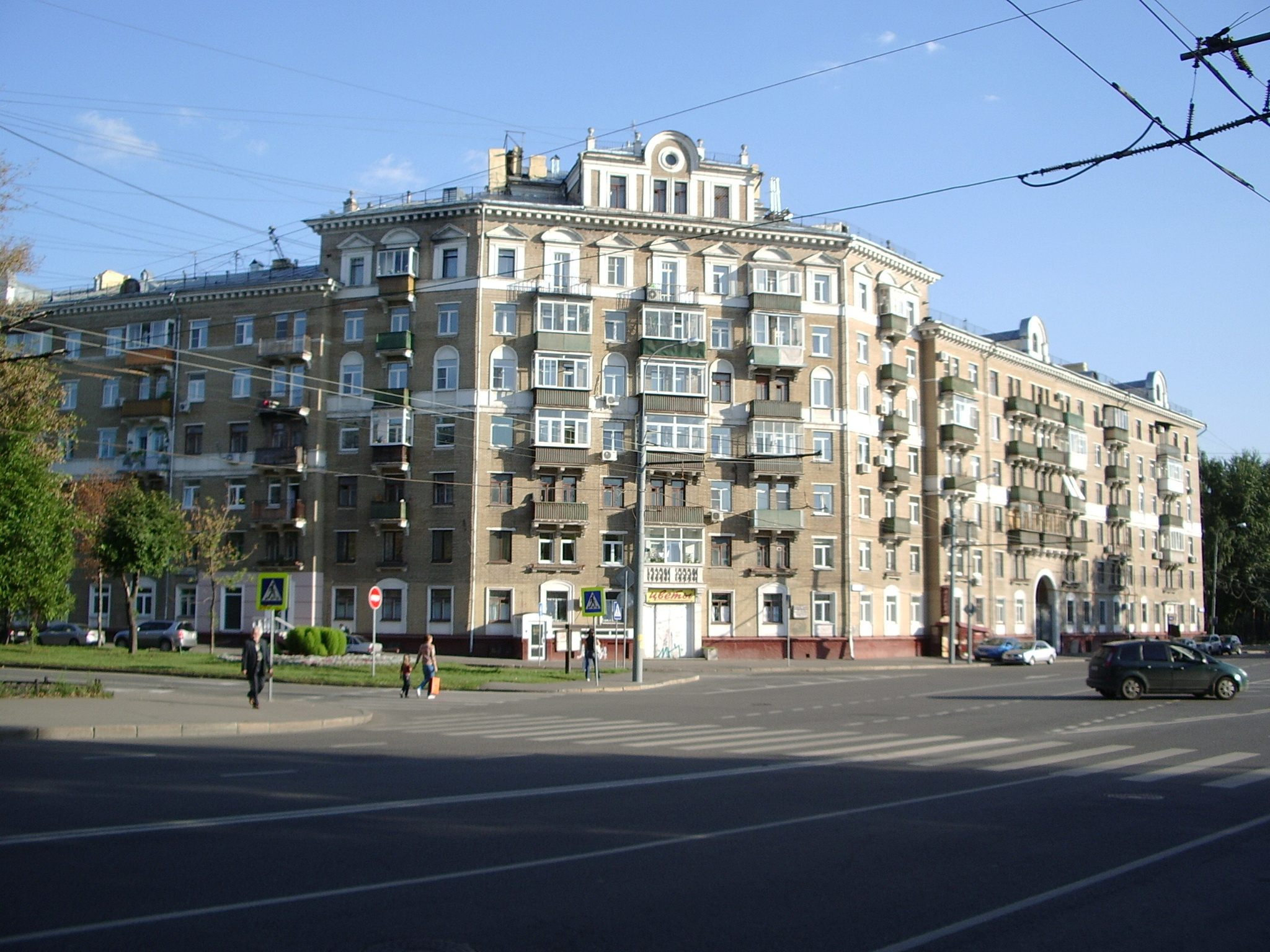 http://dic.academic.ru/pictures/wiki/files/78/Novopeschanaya_street_13.jpg