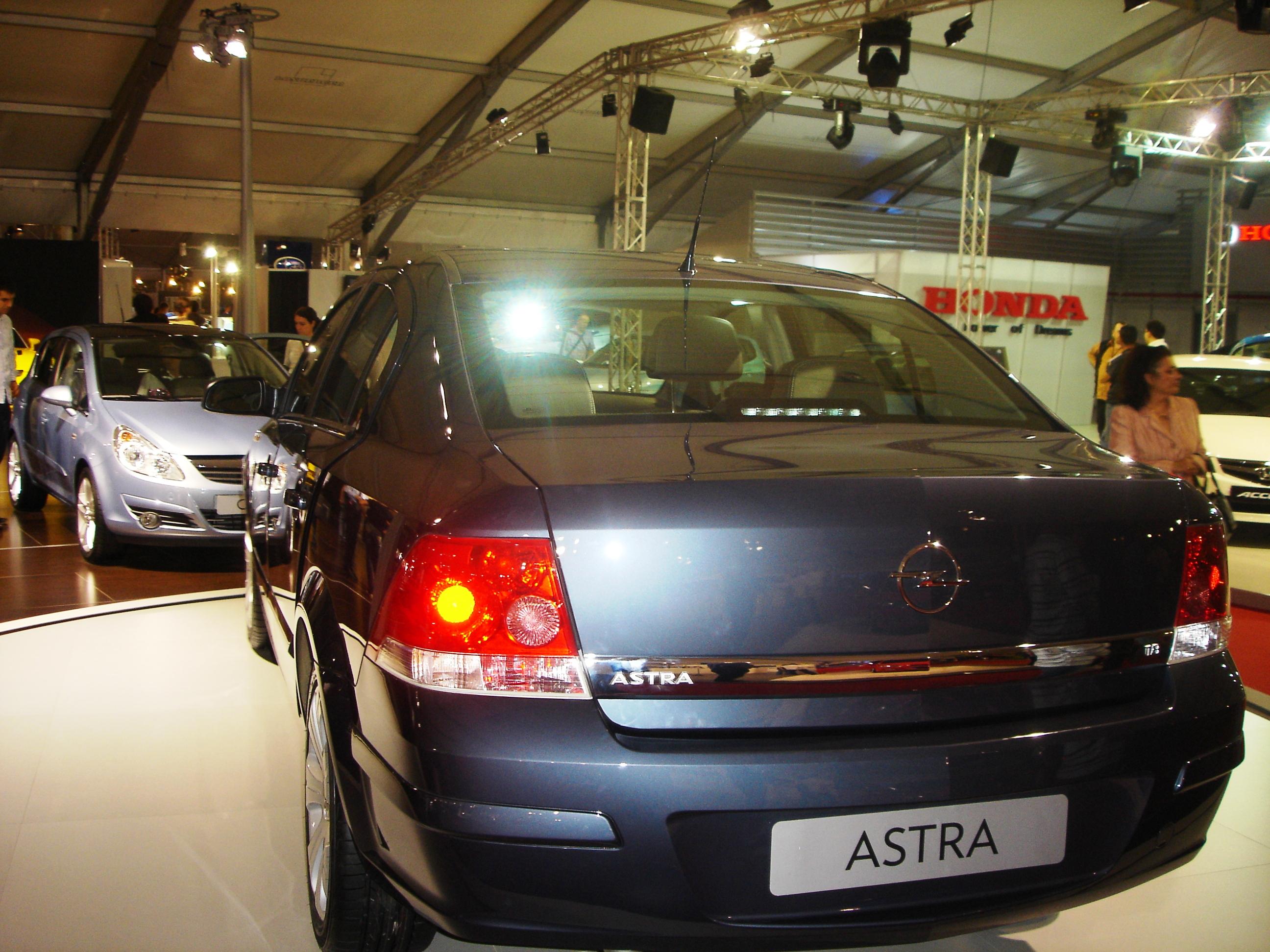 Опель астра седан фото 2008