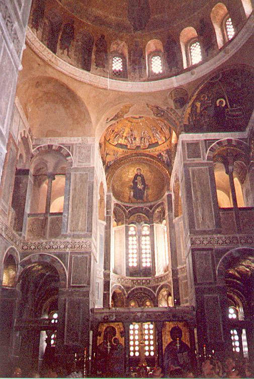 Осиос Лукас. Интерьер собора.