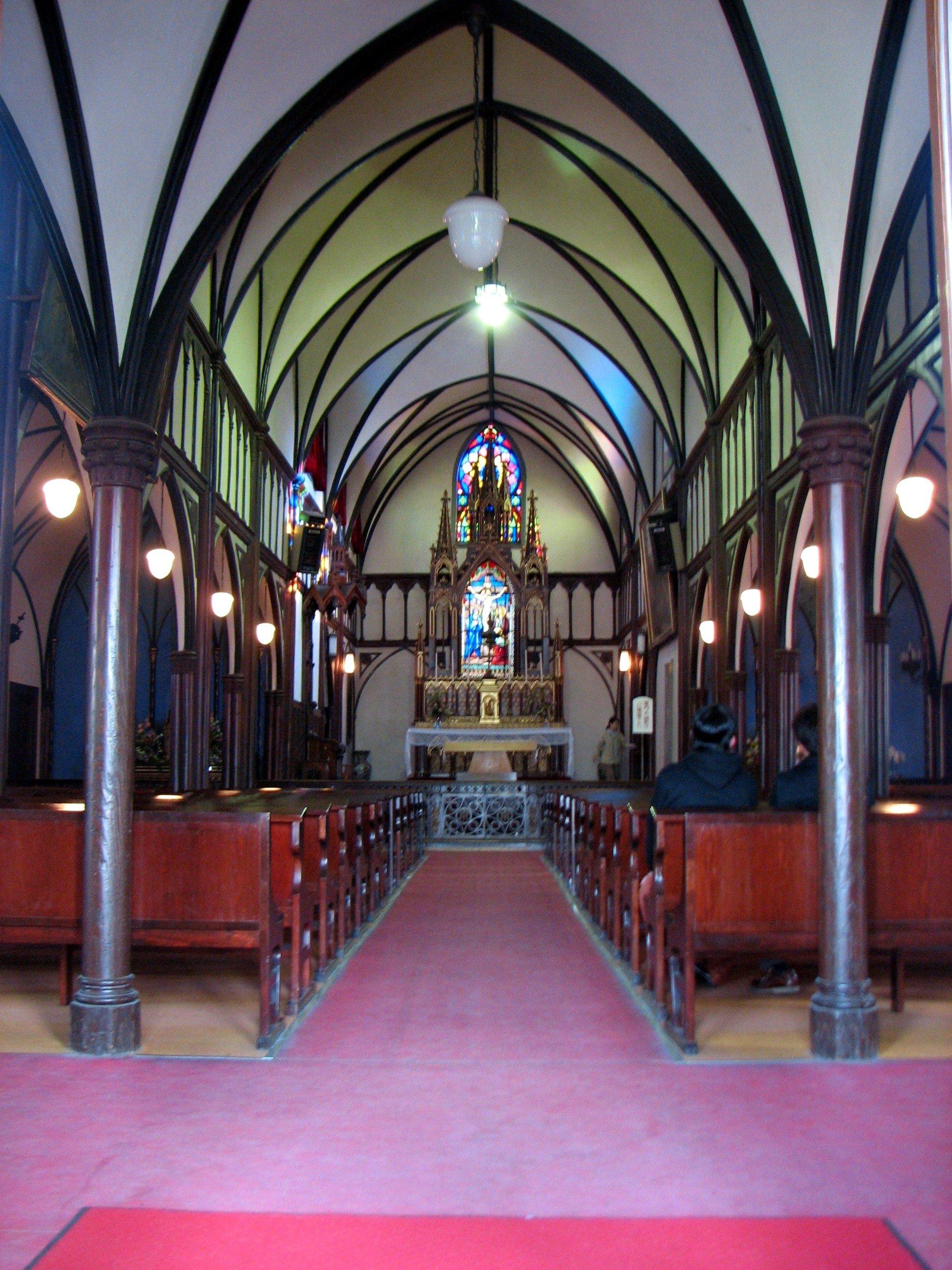 Церковь Оура