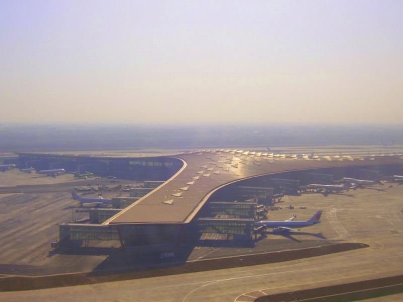 Терминал 3-E с высоты полёта