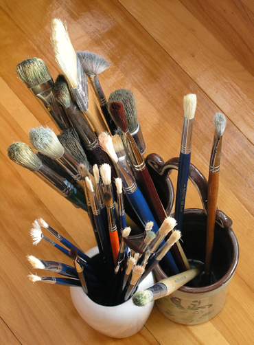 http://dic.academic.ru/pictures/wiki/files/80/Paintbrushes.jpg