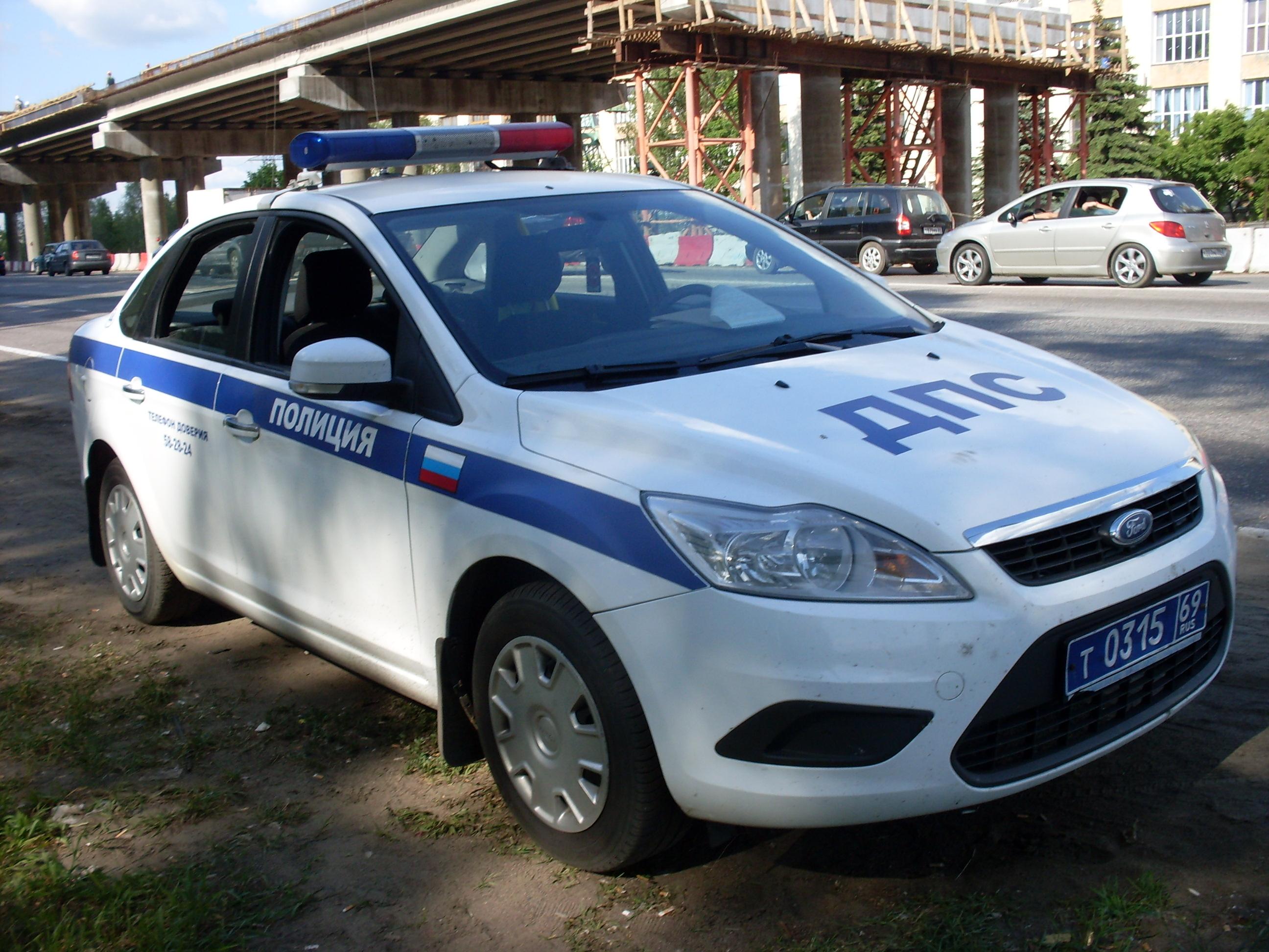 россия полицейская машина фото