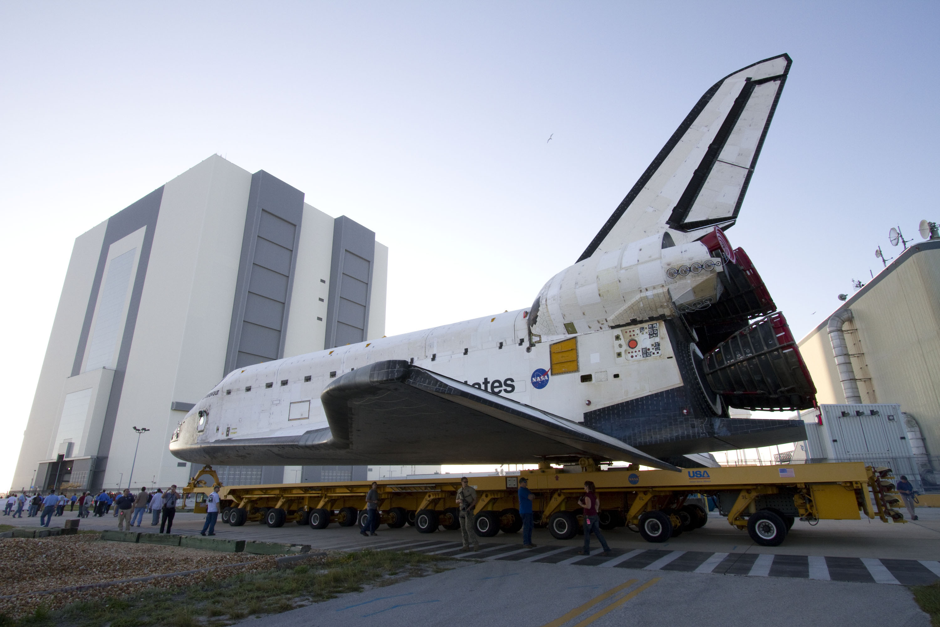 where is endeavour space shuttle right now - photo #7