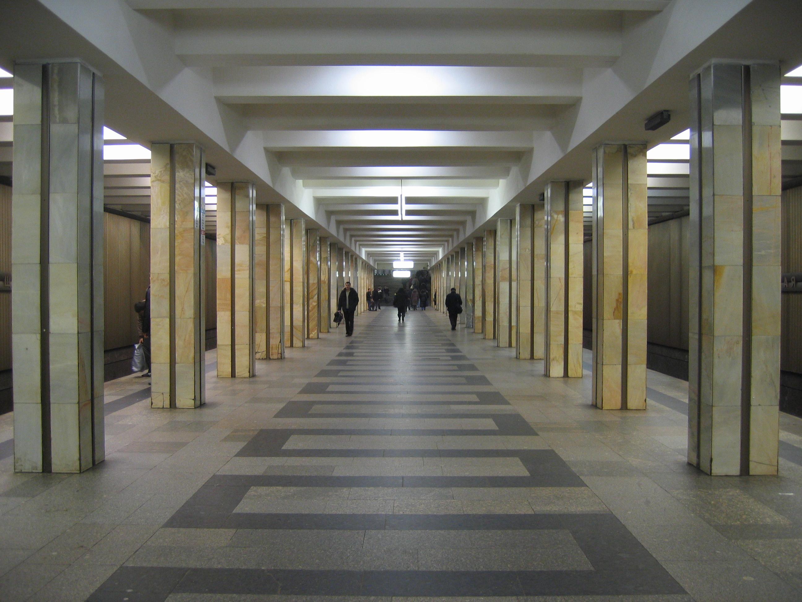 prostitutki-metro-shukinskaya