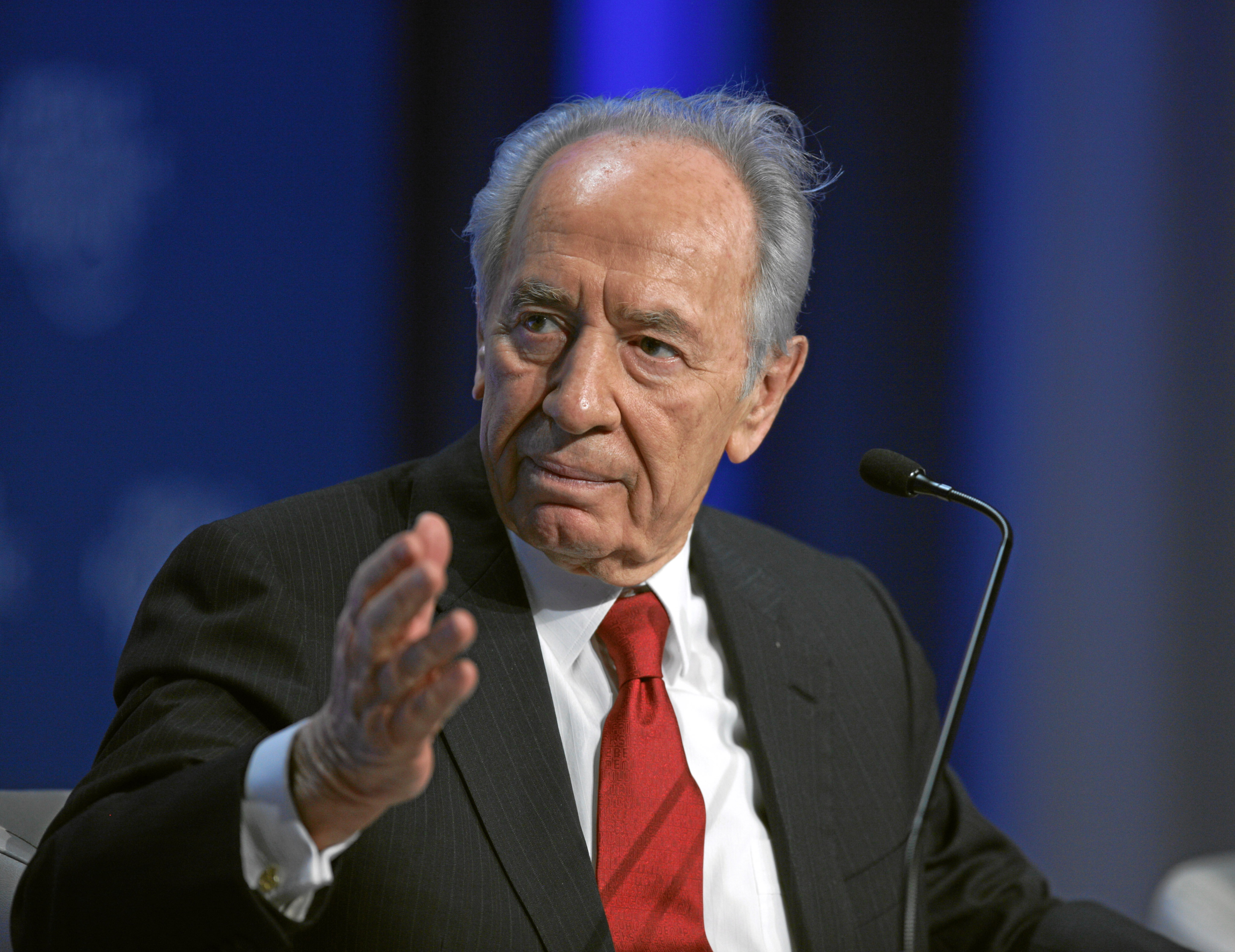 http://dic.academic.ru/pictures/wiki/files/83/Shimon_Peres_at_2009_WEF.jpg