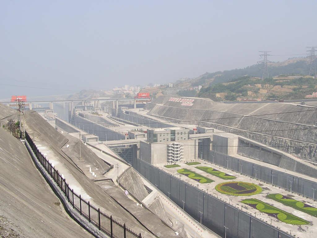 Дамба Три Ущелья в Китае: интересные факты