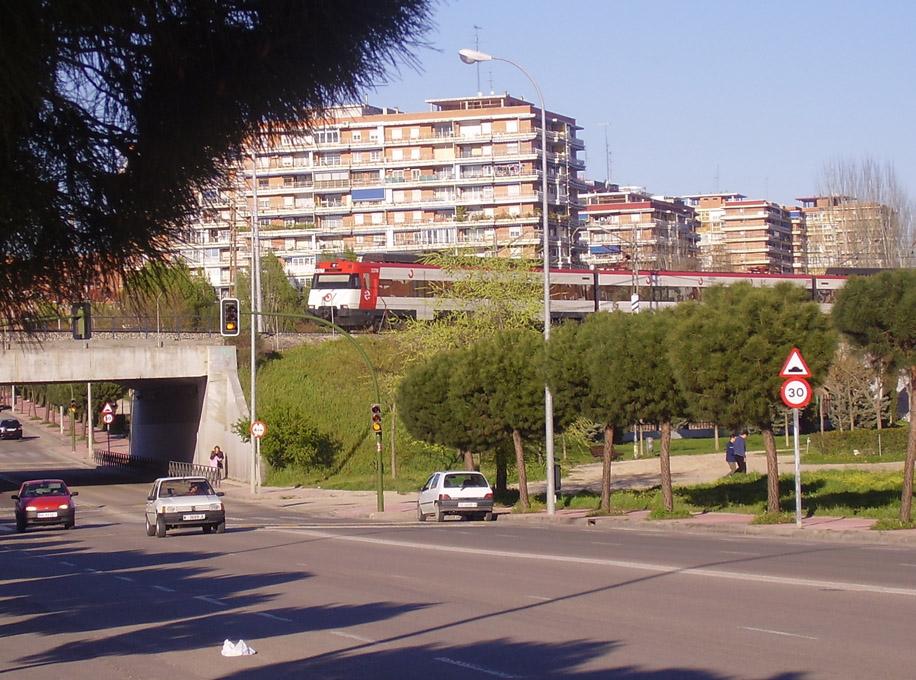 Мостолес