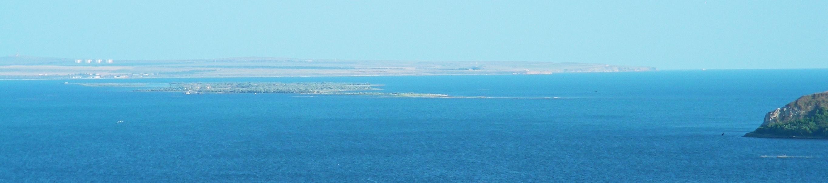 Крупнейший остров — тузла