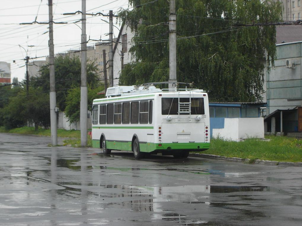 Троллейбус ЛиАЗ-5280 в
