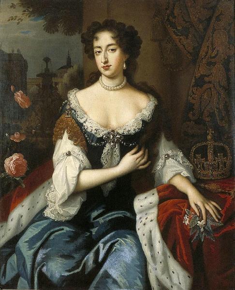 Королева португалии мария ii венгерская корона