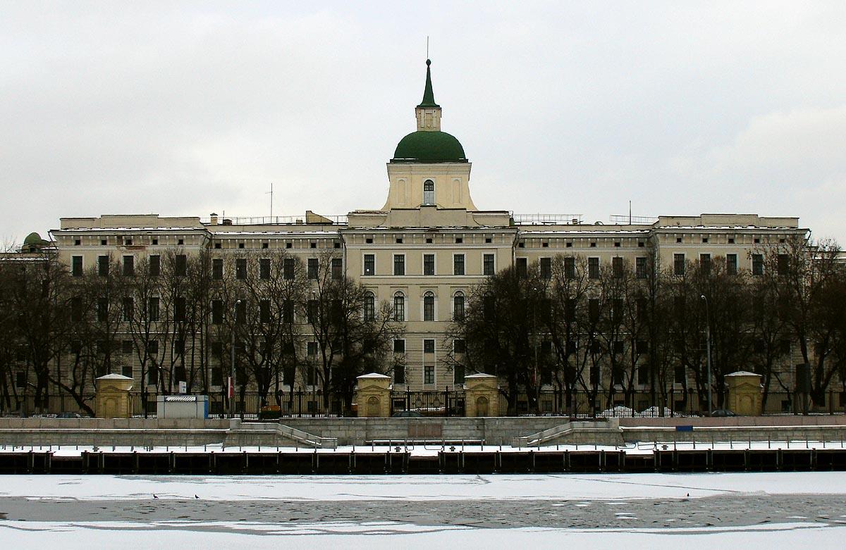Высшие учебные заведения россии