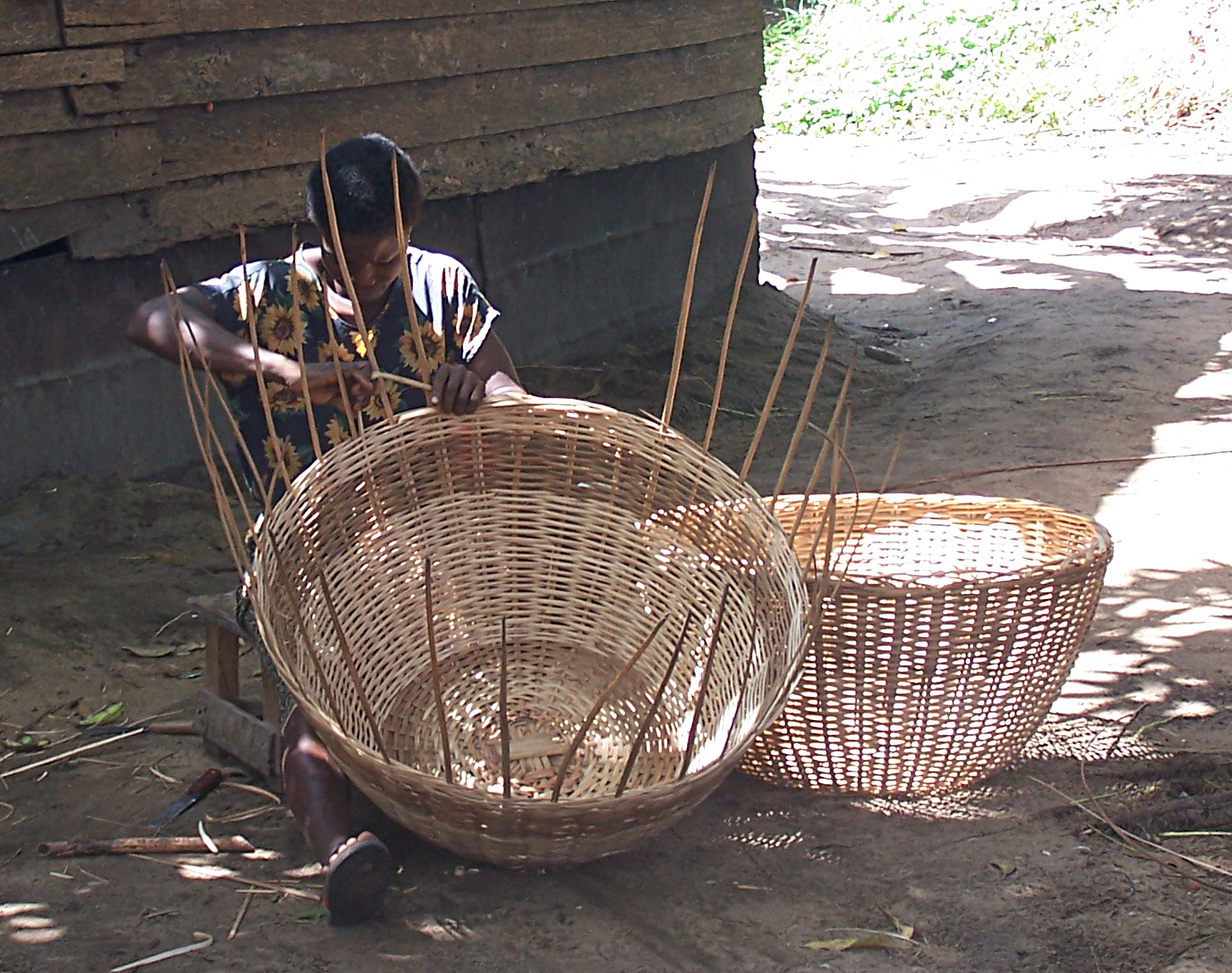 How To Weave A Cane Basket :