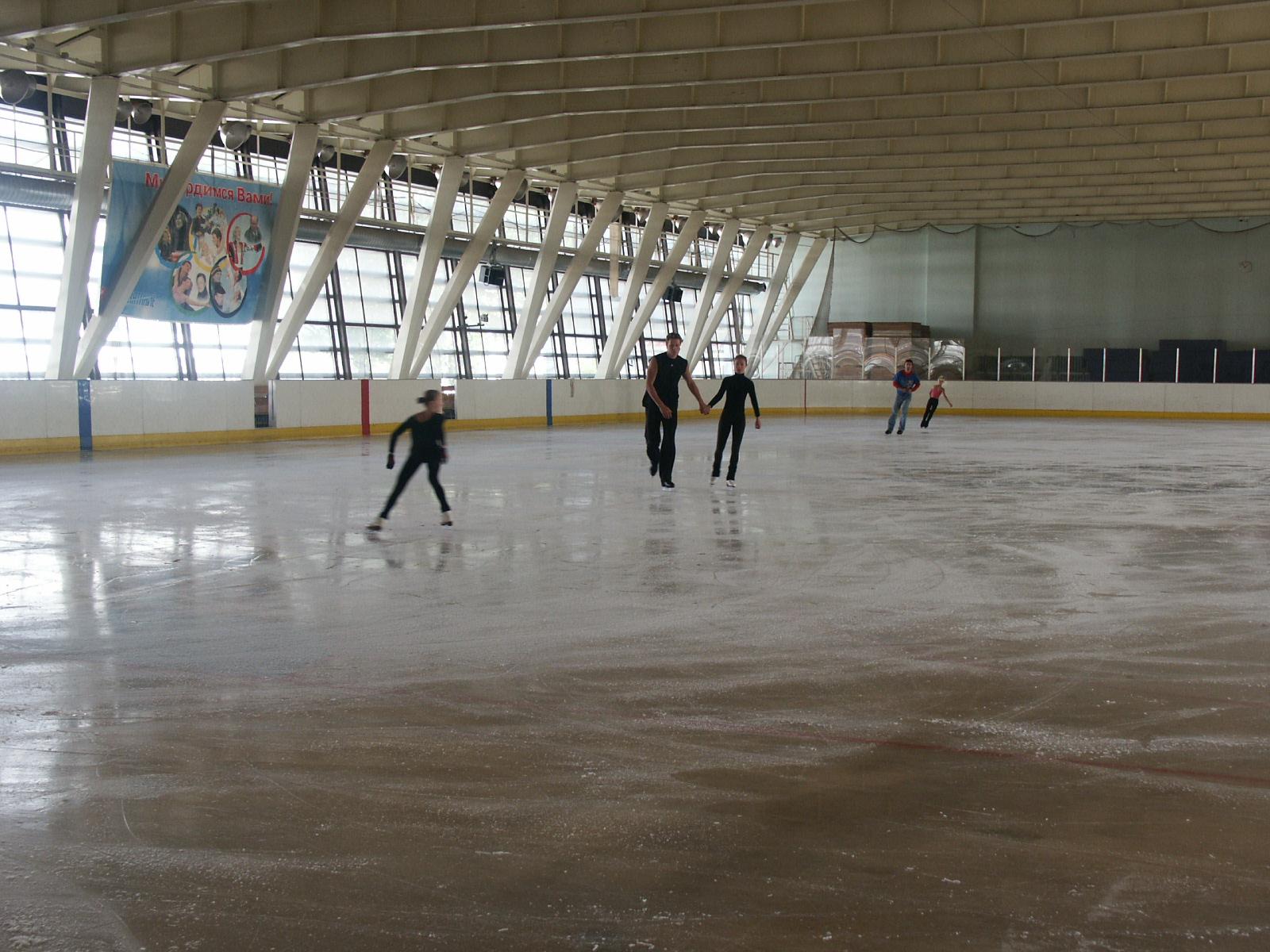 Юбилейный спортивный комплекс санкт