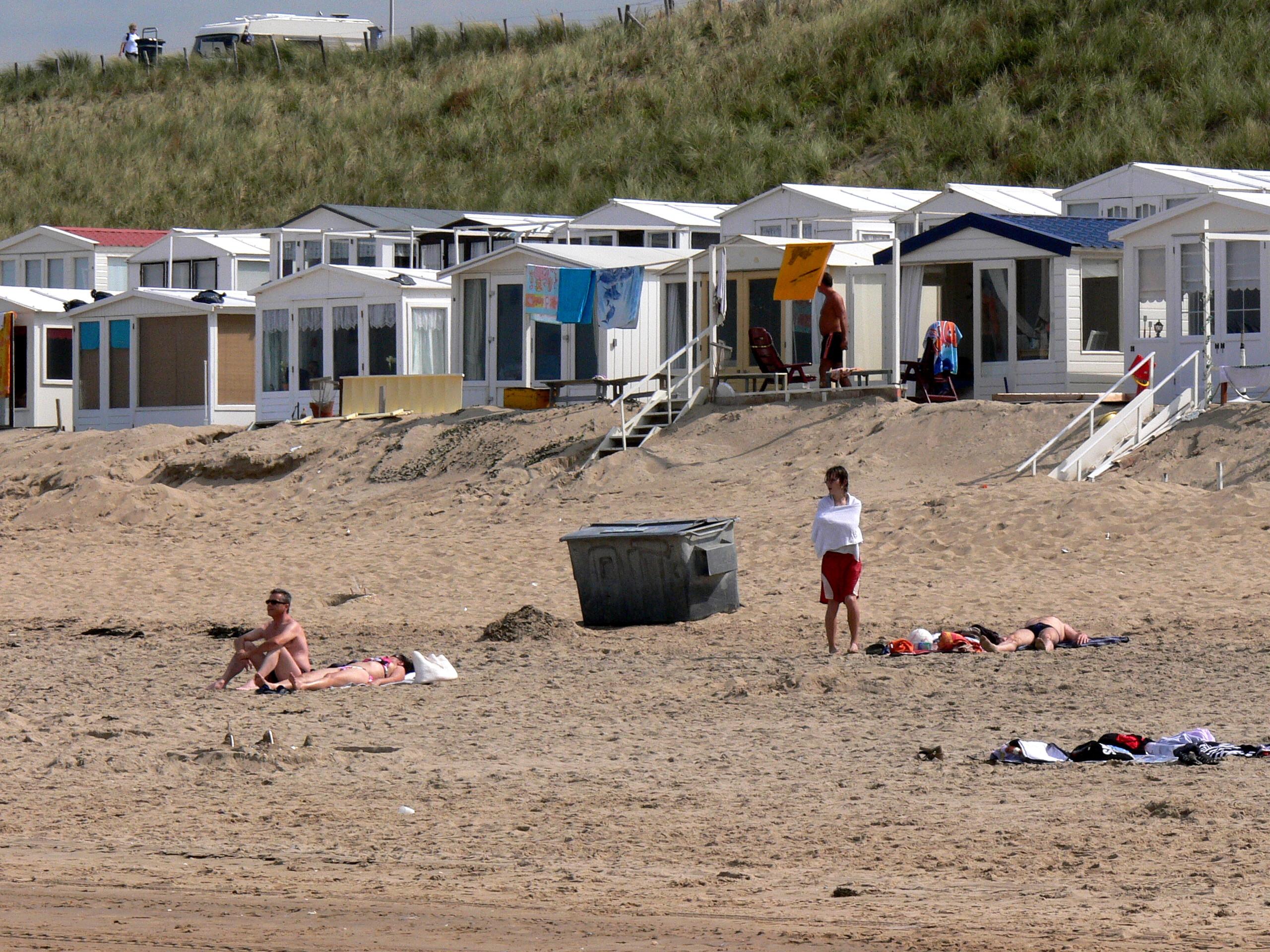Под в пляж кабинка фото 696-960